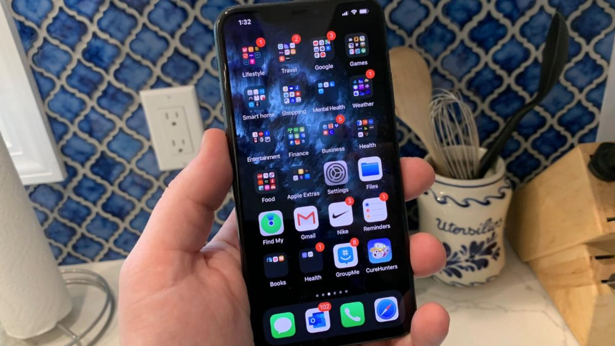 How to Use the Weather App on Your iPhone LockScreen